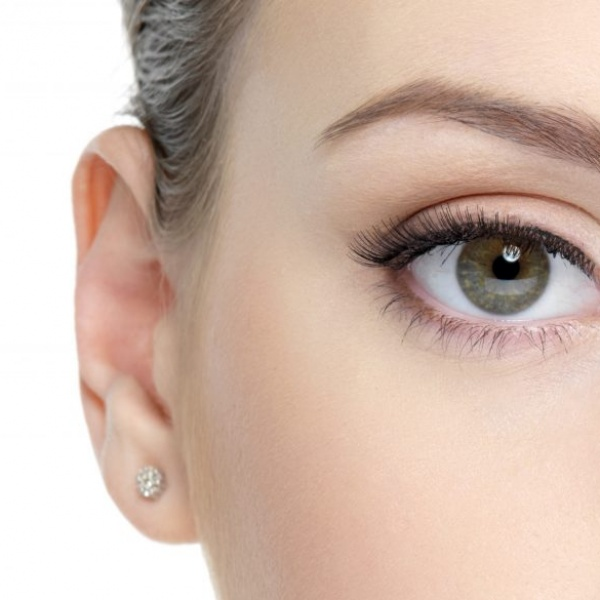 congenital-ptosis-drooping-eyelids-in-children-surgery-treatment-1-1024x585